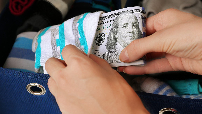 pénzt keresni a köröm meghosszabbításán