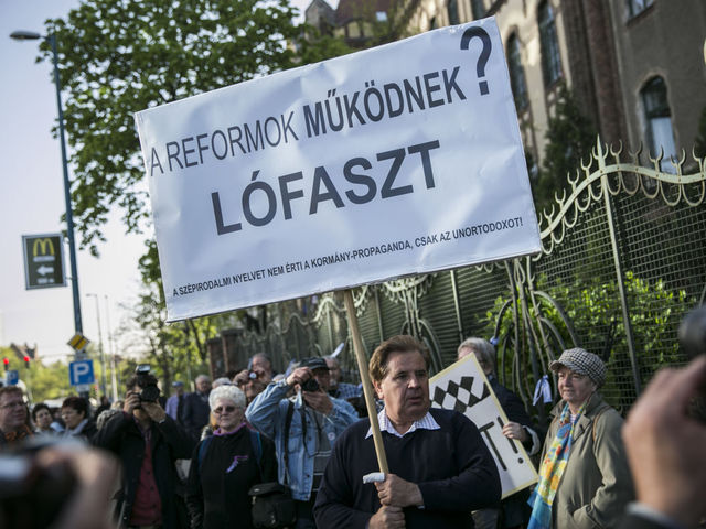 sztrájk ára)