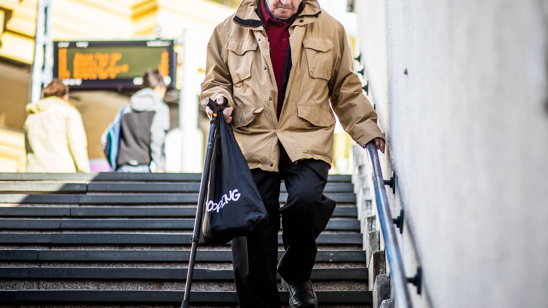 nyugdíjas és kereseti internet