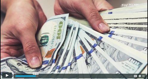pénzt keresni a saját eszével)