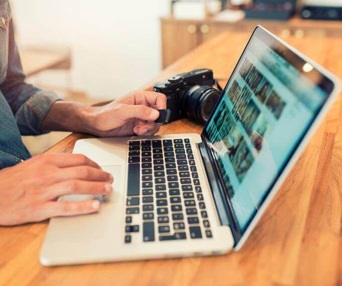 Hogyan keress pénzt fotósként? [10 ötlet, hogyan növeld a bevételed]