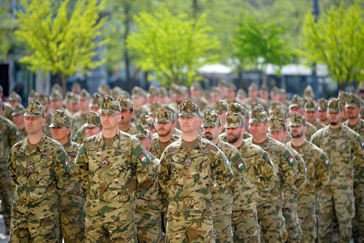 mekkora lehet a katonaság további jövedelme bináris opció 10