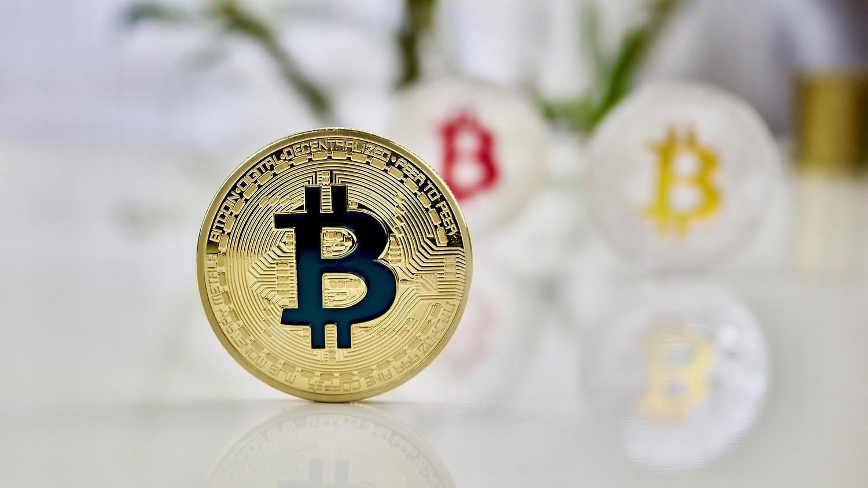 hány dollár a bitcoin)